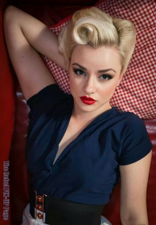 Brilliant Pin Up Girl Hairstyles19